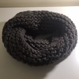 Hm cowl neck knit scarf